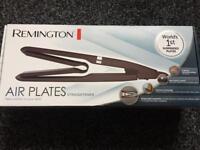 Brand NEW Remington Air Plates Black Ceramic S7414 Hair Straightener