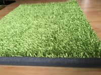 Brand new green home rug size 110 cm x 160 cm
