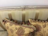 Stunning 3 piece French suite