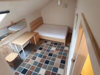 double room wifi £65 pw , all bill incl