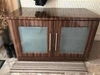Tv table/stand cabinet