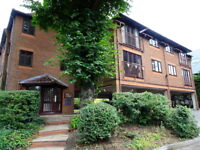 1 bedroom flat in Eton Walk, 2 Upton Park, Slough