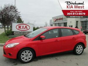 2013 Ford Focus SE /Hatchback AND FREE REMOTE START TOO!