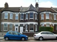 Turnpiek Lane, N17 6AS-Fabulous 5 Double Bed House-2 Bathrooms-Great Value-No DSS or Agents.