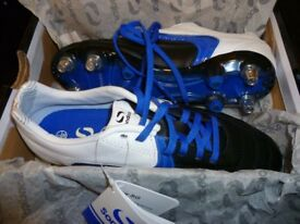 BNWT Sondico studed football boots size 5