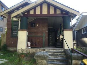 1 Bed available in bondi 3 bed share room Bondi Eastern Suburbs Preview