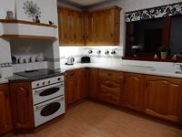 COMPLETE SOLID WOOD KITCHEN WITH DOUBLE OVEN, EXTRACTOR,SINK,WORKTOPS & CHAIRS - GOOD CONDITION