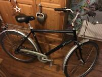 Good condition men's town/touring bike for sale