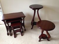 Nest of 3 tables and matching side tables (lounge/dining furniture)