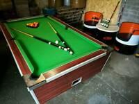 Pub style pool table