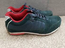 Safety trainers size 9