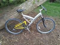 Saracen full suspension mens mountain bike