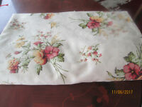 RED/GOLD FLORAL POLY COTTON QUILT DUVET COVER, KING,230X220..GOOD