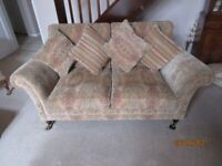 PARKER KNOLL SUITE, SETTEE, ARMCHAIR & FOOTSTALL EXCELLENT CONDITION