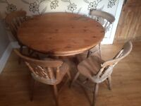 CHUNKY TRADITIONAL PINE FARMHOUSE STYLE TABLE WITH 4 CHAIRS