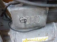 planitair air compressor 1 LITRE used but still works fine