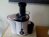 Russell Hobbs Aura Juicer. Boxed with instructions. Ex. condition.