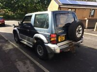 Mitsubishi pejaro 2.5 Turbo Diesel 4WD SWB drives excellent