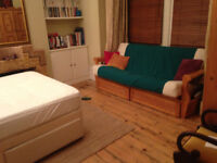 LARGE BEAUTIFUL ROOM IN LEYTONSTONE £550