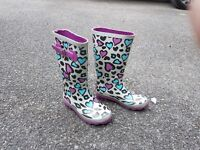 Girl's Clarks wellies-hardly worn