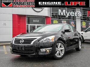 2015 Nissan Altima SL, NAV, LEATHER WOW ONLY 14,138KM!! HURRY