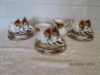 COUNTRY ROSES TEA-SET.