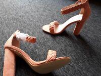 Ladies peach sandals size 5 brand new . Ankle straps. 3.5 inch heel .