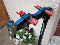 MAXXRAXX Premier tow-bracket mounted 2-bike carrier