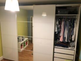 Wardrobe for sale (URGENT)
