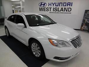 2014 Chrysler 200 Touring 45$/semaine