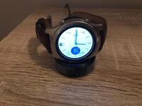 Samsung Galaxy Gear S3 Classic with 2 watch straps
