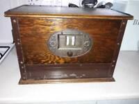Vintage radio and speaker