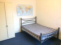 Bedroom to rent in 3 bedroom house