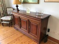 Superb condition solid mahogany sideboard from Sterling Furniture