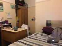 Double room available for rent near town centre, All Inclusive
