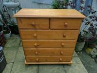 Solid pine chest of drawers RRP: £140