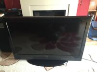 "32"" LCD TV with built in freeview. Technika"