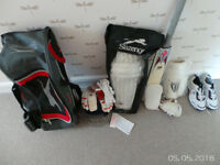 Cricket batting bundle - items mainly new