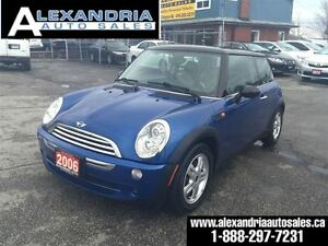 2006 MINI Cooper Hardtop 5Speed extra clean