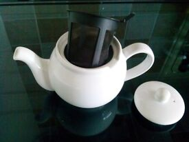 White Teapot with infuser 2 cups