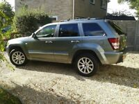 Jeep Grand Cherokee Overland - Grey Very Good Condition