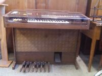 Organ (Electric) GT572