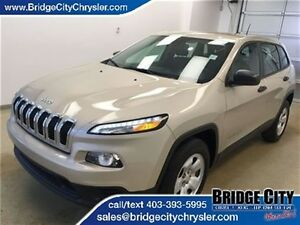 2015 Jeep Cherokee Sport 4x4- Touchscreen, Bluetooth!