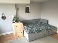 Charming 1 Bedroom Flat in Montpelier, Bristol