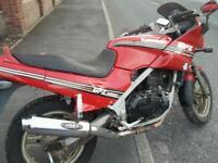 Kawasaki gpz500