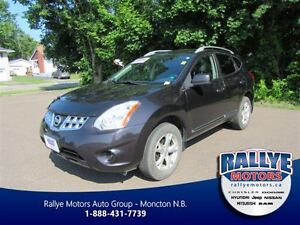 2011 Nissan Rogue SV! AWD! Heated! Back-up! Alloy! Trade-In!