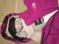 Girls North Face Hyvent jacket medium