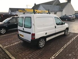 Citroen Berlingo van 2.0tdi with roof rack and more