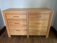 Solid oak Chest of drawers / bedroom sideboard.