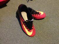 Nike Mecurial Vapour 5 Size 7.5 (euro 42)